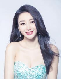 Liu Yan's light-colored fairy dress came to light after she revealed herself as a mermaid.