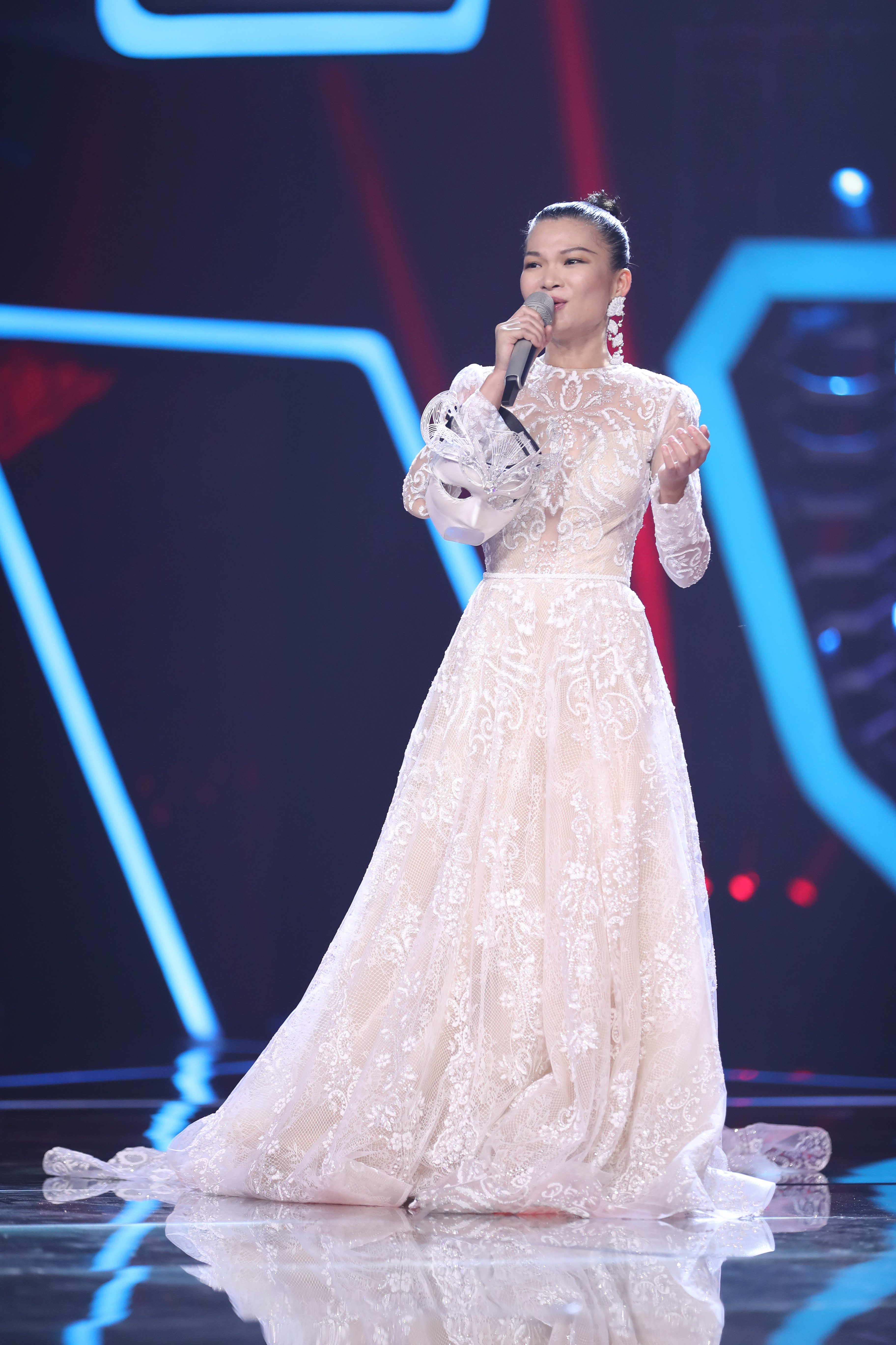 Sung by su yunying, who attended the masked singing will guess the daring supermodel