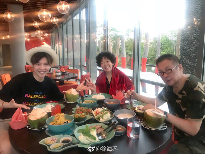 the mother is so cute! Xu Haiqiao joined the mother of my little boy, a variety show.