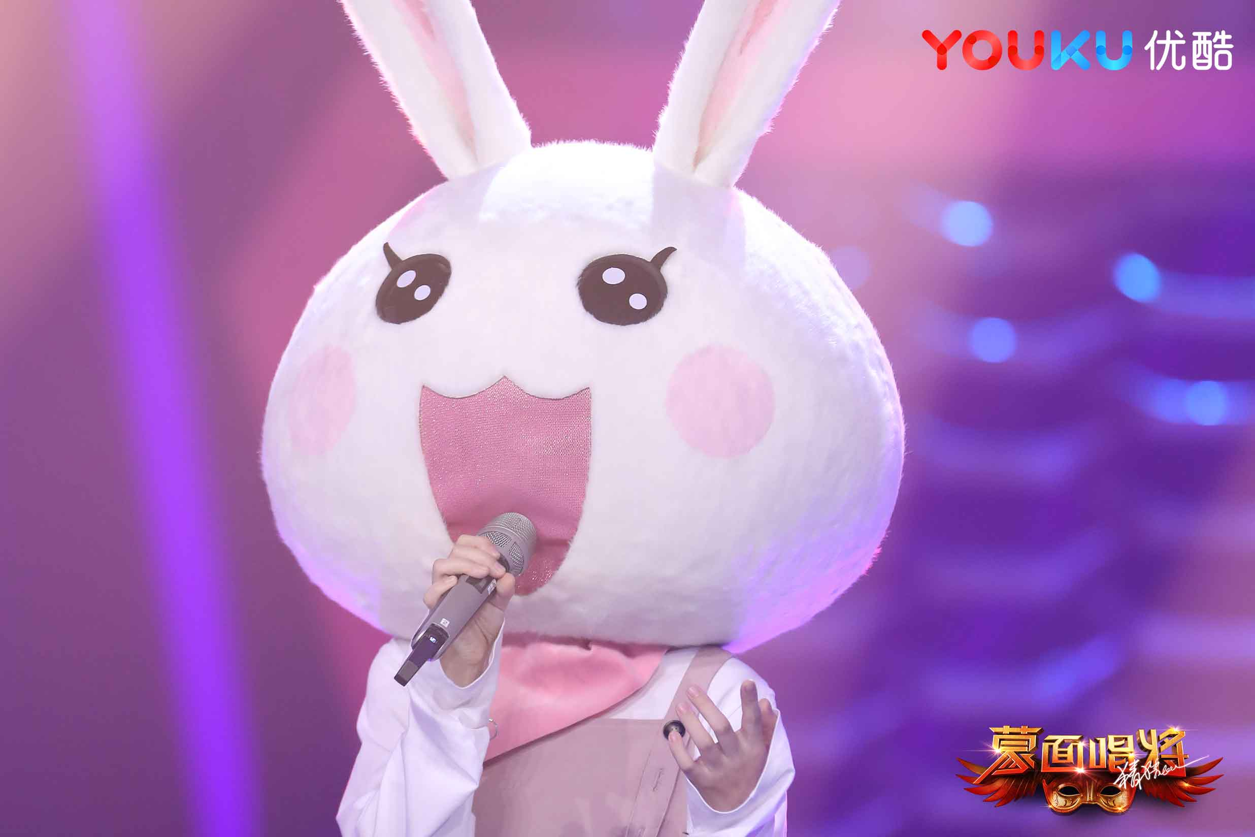 Da zhangwei returns to masked face singing will guess 3' mad spider ' 'little white rabbit