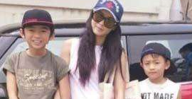 Cecilia cheung drove her son to school, but she was robbed by her second son! net friend: change a little big!