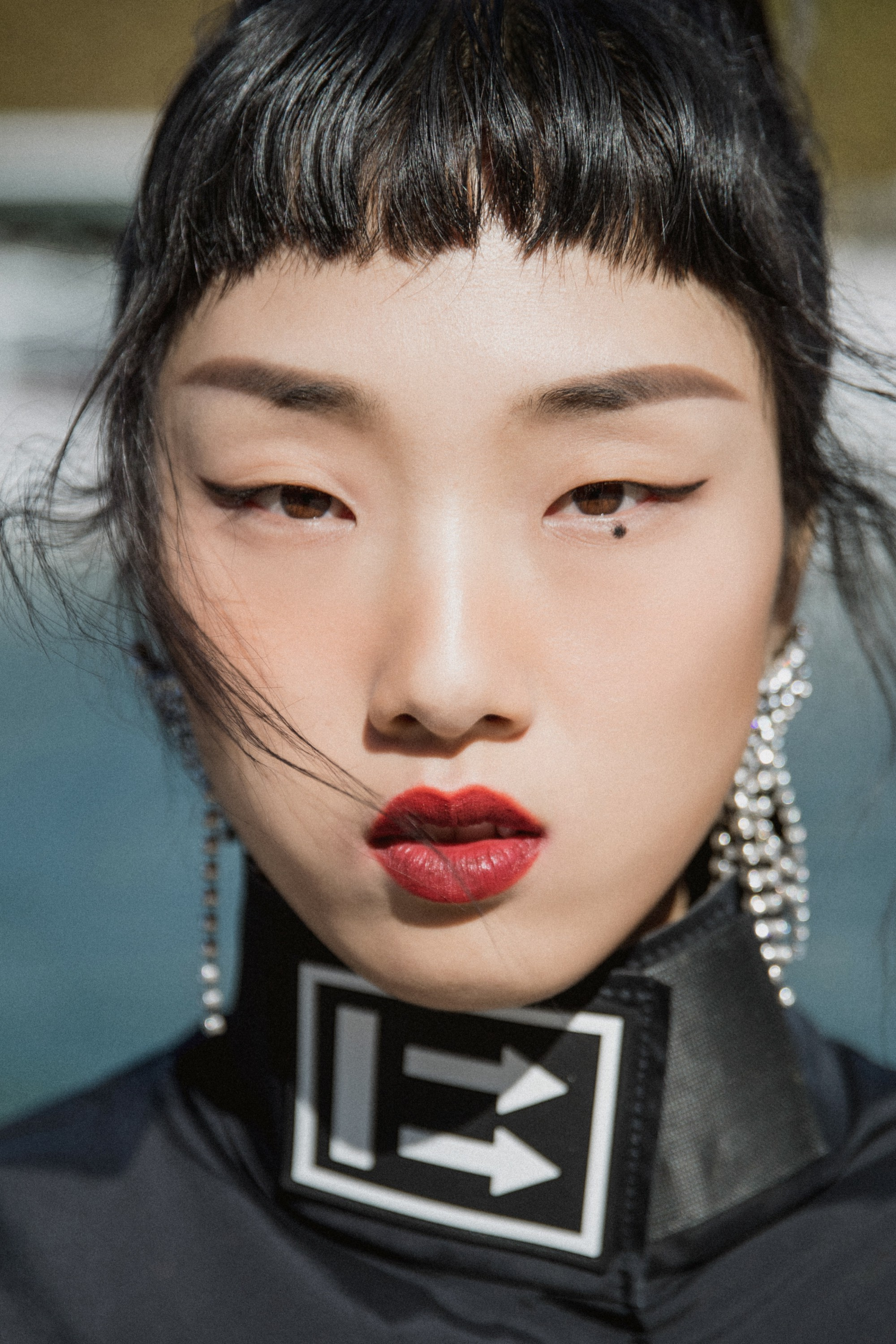Wanyunfeng has created the cool double look of paris fashion week for rocket girl 101yamy -- chinese beauty