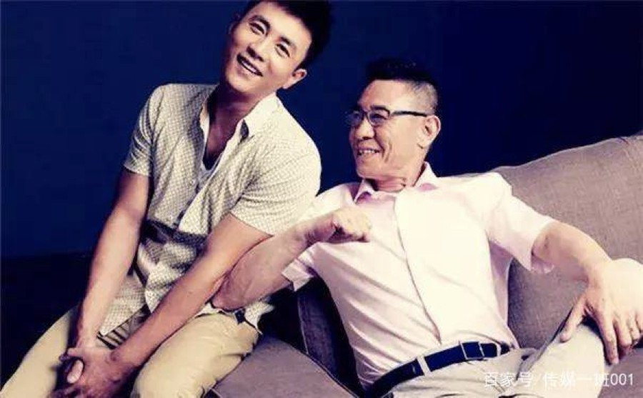 Good Dad Du Zhiguo made a new work 'On the side of side with you' played Bai Baihe's old father