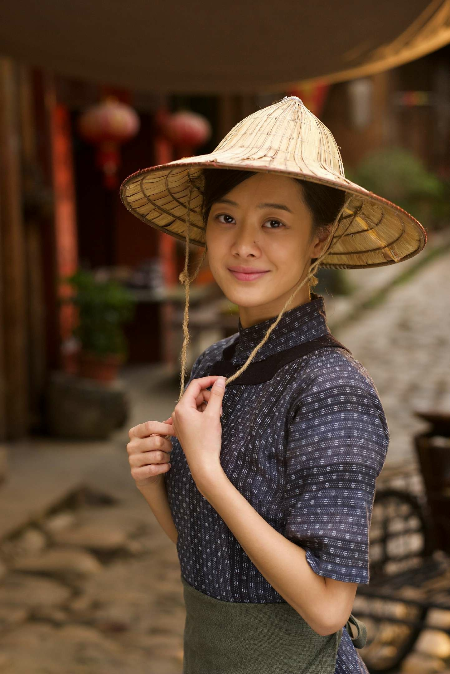 """""""she's a born actress,"""" says herring, who was praised for """"coming home to mazu."""""""