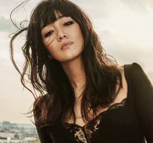 Gong li, 52,' hit her face with a new look, 'song hye-kyo