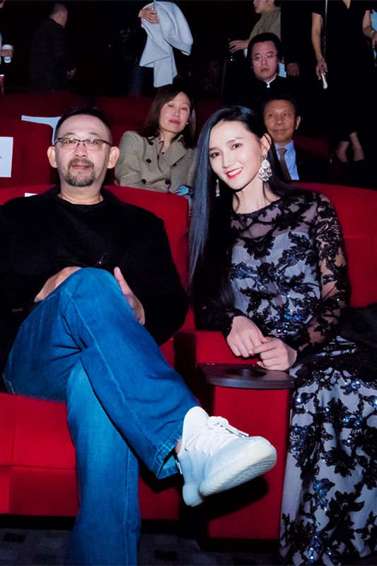 Actor jiang wu brings kylie jenner to the asia pacific film festival with her graceful bearing