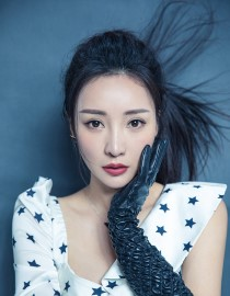 Liu yan (actress-actress) gao mawei soft hair speaks softly about new female awareness is confident and independent