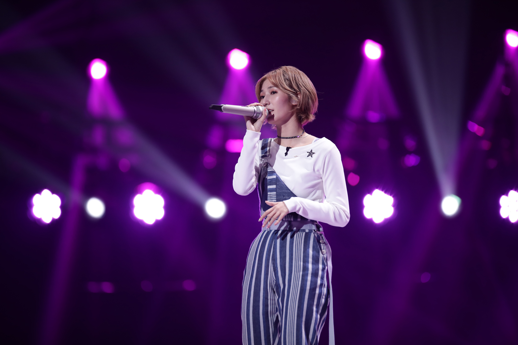 Jia zhangxin: the next station of legend has a beautiful singing voice