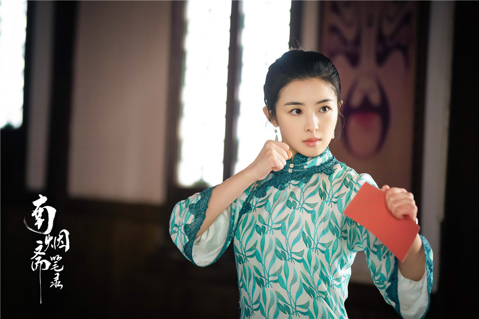 The TV drama 'Southern smoked vegetarian transcripts' exposes the portrait of 'hot blood youth', and Liu Yifei Jing Boran's expression of perseverance does not compromise